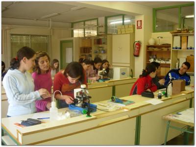 Laboratorio de Ciencias Naturales y Biología-Geología